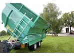 Oehler Tandemachs-Muldenkipper:    Serienmäßige Ausrüstung:    Rahmen aus hochwertigen geschlossenen Stahlpro